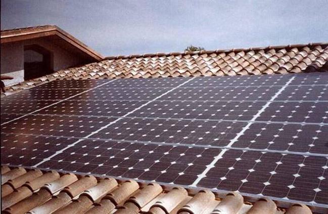 Pannello Solare Tetto Korea : Impianti fotovoltaici per scaldare la casa